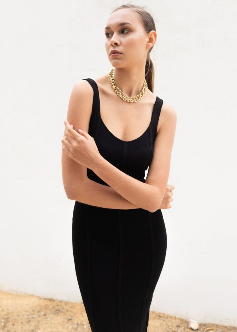 Black Knitted Sleeveless Dress
